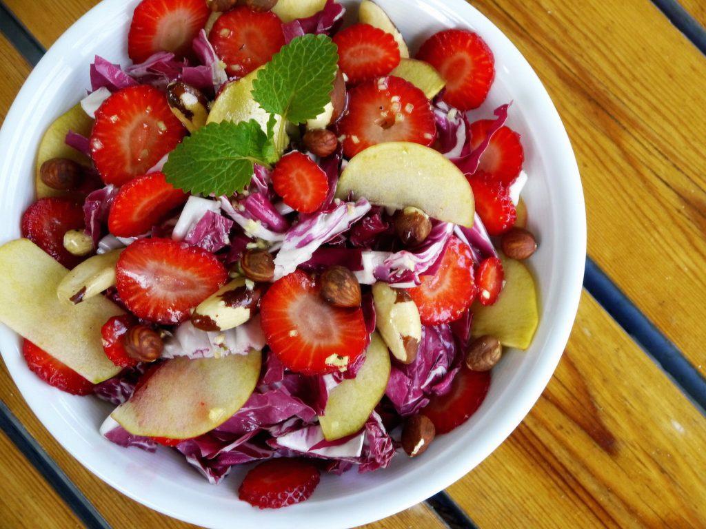 radicchio-salat-vegan-apfel-paradiesfutter