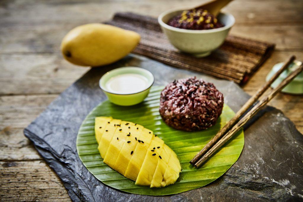 thail ndischer schwarzer klebreis mit mango und s er kokosso e paradiesfutter. Black Bedroom Furniture Sets. Home Design Ideas